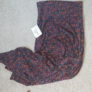 Maxi skirt - dark floral